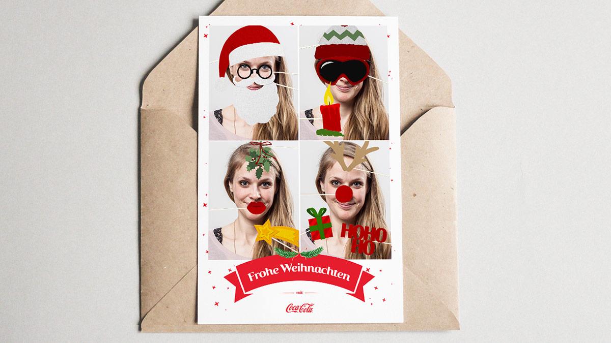 Coca-Cola Kampagne Weihnachts-Selfie 2016 // Ausgedruckte Postkarte mit den geschmückten Weihnachts-Selfies