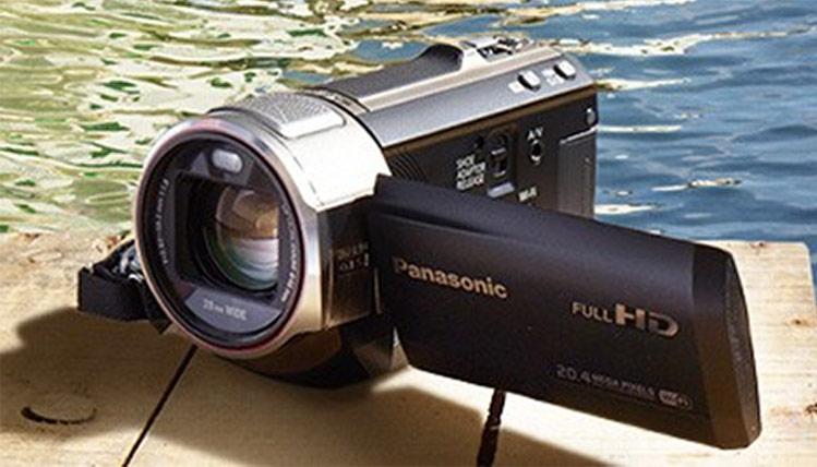 Foto- und Filmproduktionen für Kampagnen und Websites // Fotoshooting: Panasonic V720